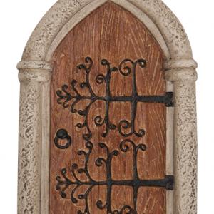 MW06-011 Gothic Wooden Fairy Door